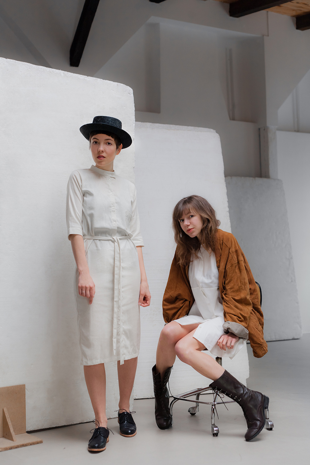 Slow Fashion Manifest: From ›make it last‹ to ›borrow, don't