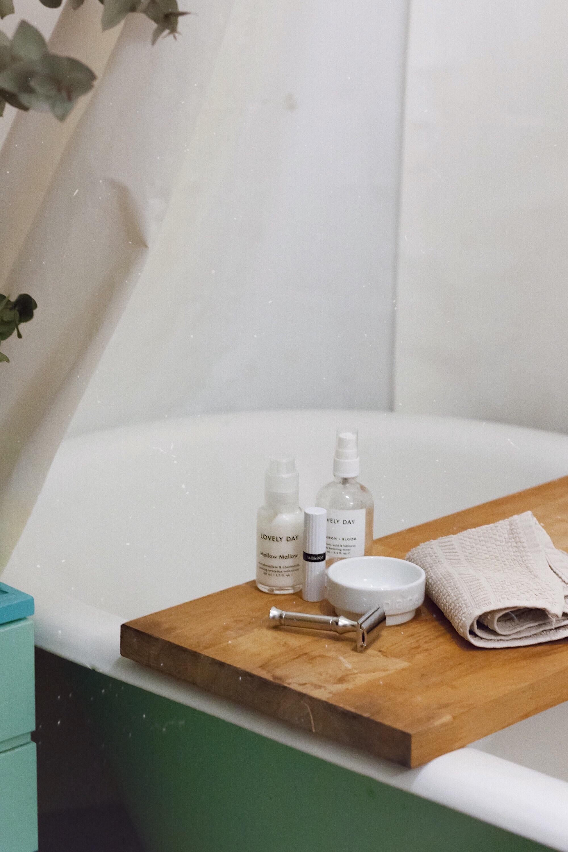 Zero Waste - Organic Beauty - Naturkosmetik – Der Rasierhobel Leaf Shave vom Woddberg Shop
